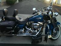 This Road King is loaded. Color: Pearl Teal,1550cc, Big