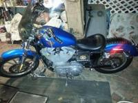 MARKETING A 2002 HARLEY DAVIDSON DAVIDSON Sportster 883
