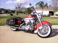 Gorgeous 02 HD Road King Classic Screaming Eagle