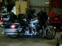 2002 Harley Davidson Ultra Classic Touring This bike is