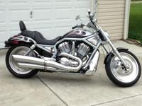 2002 Harley-Davidson Vrod. 7,500 miles. Custom paint