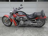 2002 HARLEY V-ROD - GARAGE KEPT - VERY NICE! BIKE