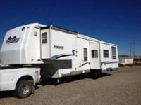 2002 Holiday Rambler Presidential 5th Wheel 2002