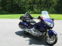 2002 Goldwing gl 1800 in ILLUSION BLUE with
