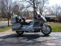 2002 Honda GL18002 Goldwing This Touring cycle