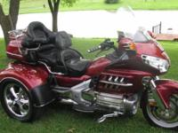 2002 Honda Goldwing, 62000 miles, 1800 cc, New Tires,