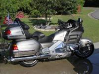 2002 Honda 1800 Goldwing Titanium Silver 80 K miles