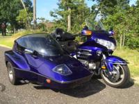 One owner Goldwing with Hannigan Astro GT side car rig