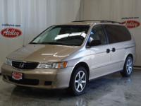 Options Included: N/AThis 2002 Honda Odyssey LX sports