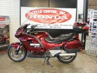2002 Honda ST1100 Loaded with Extras! Feel like going
