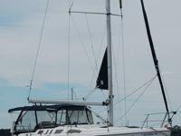 What Type: Sloop Year: 2002 Make: Hunter Model: 380