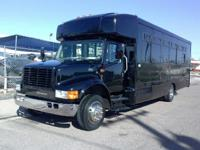 2002 International 3000. 2002 International 3000 Bus