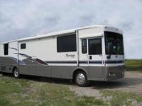ITASCA HORIZON 35' Winnebago DEISEL PUSHER 2002. In