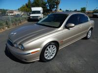 Beautiful 2002 Jaguar X-Type AWD Luxury sedan. Looks