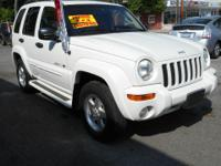 Exterior Color: stone white, Body: SUV, Engine: 3.7L V6