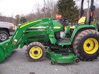 2002 JOHN DEER 4410 COMPACT UTILITY TRACTOR WITH H160