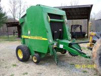 2002 John Deere Model 457 round baler. Has electric tie