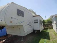 2002 Keystone Cougar 276RLS 5th Wheel This wonderful 27