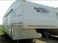 2002 Keystone Sprinter 250RK 5th Wheel This is a very