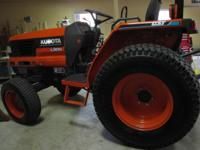 2002 Kubota Grand L3010GST tractor in excellent