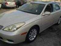 ABSOLUTELY THE CLEANEST 2002 ES300 AROUND! SHOWROOM