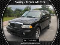 2002 Lincoln Navigator 4 Door Our Location is: Sunny