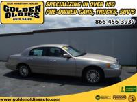 Options Included: N/AThis 2002 Lincoln Towncar