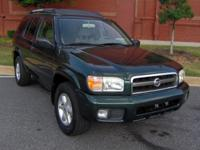 Options Included: N/AGOOD LOOKING PATHFINDER!!! V6!!!
