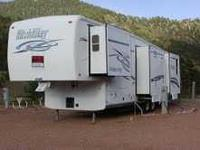2002 Nu Wa Hitchhiker in Excellent Condition- - No