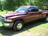 2002 ram dually 2 wheel drive extra nice truck towing