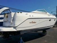 2002 Rinker 270 Fiesta Vee Value-priced express blends