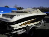 Descripción VERY NICE CONDITION THIS 19' SEA RAY IS