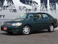 This 2002 Toyota Avalon 4dr - features a 3.0L V6