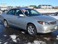 2002 TOYOTA CAMRY SE V6 AUTOMATIC 1-OWNER 2-TOYOTA