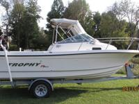 Gorgeous 22' Bayliner Trophy Fishing Pro. Low 400 hours