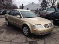 2002 VW Passat GLX Fully loaded with leather, power,