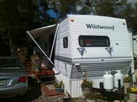38 Foot (Wildwood) mobile travel trailer with 2 bump