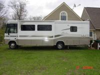2002 Winnebago Adventurer 32V for sale in excellent