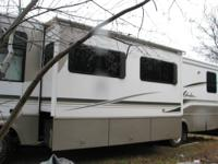Up for sale is a 2002 Winnebago Adventurer, New window