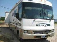 2002 Winnebago Brave 34D Class A and 2005 Jeep Liberty