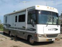 2002 Winnebago Brave Class A This 30 foot RV will make
