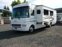 2002 Winnebago Journey Class A This Winnebago is loaded