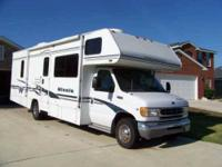 2002 Winnebago Minnie 329B Class C 29 ft Winnebago