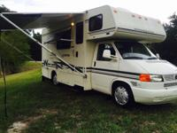 2002 21ft Winnebago vista class c model number 2201B