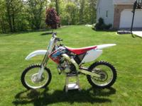 Im selling my 2002 cr250, This bike has been redone