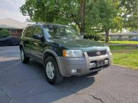 Very nice Ford Escape V6 automatic with near-new