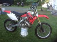 I AM SELLING A 2002 HONDA CR250 COMPLETELY SETUP FOR