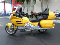 This is a terrific looking 2002 Honda GL1800 Goldwing.
