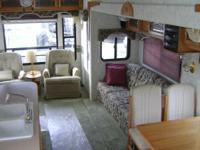 32' Keystone Montana 5th wheel RV. Excellent condition.