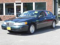 2002 Lincoln Town Car Executive*** Automatic 67,411